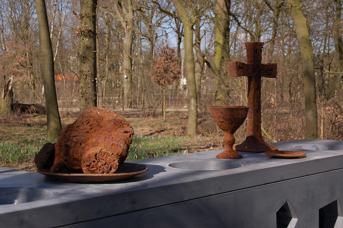 Buitenbeeld in opdracht Johannes de Doper Floriade Venlo 2012 01