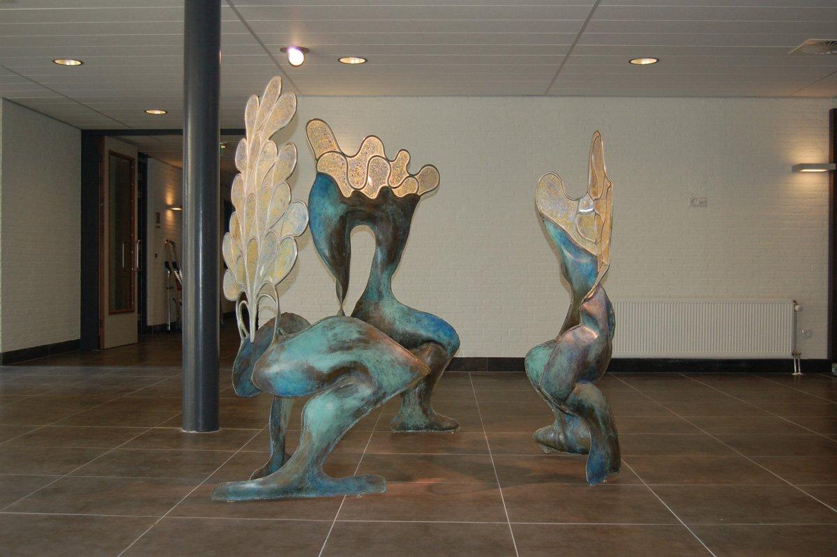 Binnenbeelden in opdracht Kransje Rijserf 2008 - messing, roestvrijstaal en acrylaat 02